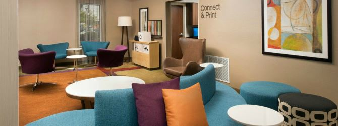Fairfield Inn and Suites sitting area